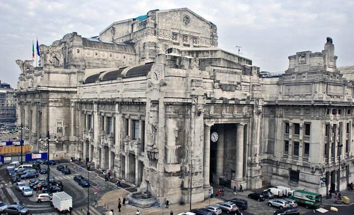Центральный железнодорожный вокзал Милана.